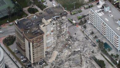 Al menos un muerto y más de 50 desaparecidos tras el derrumbe de un edificio de apartamentos en Miami