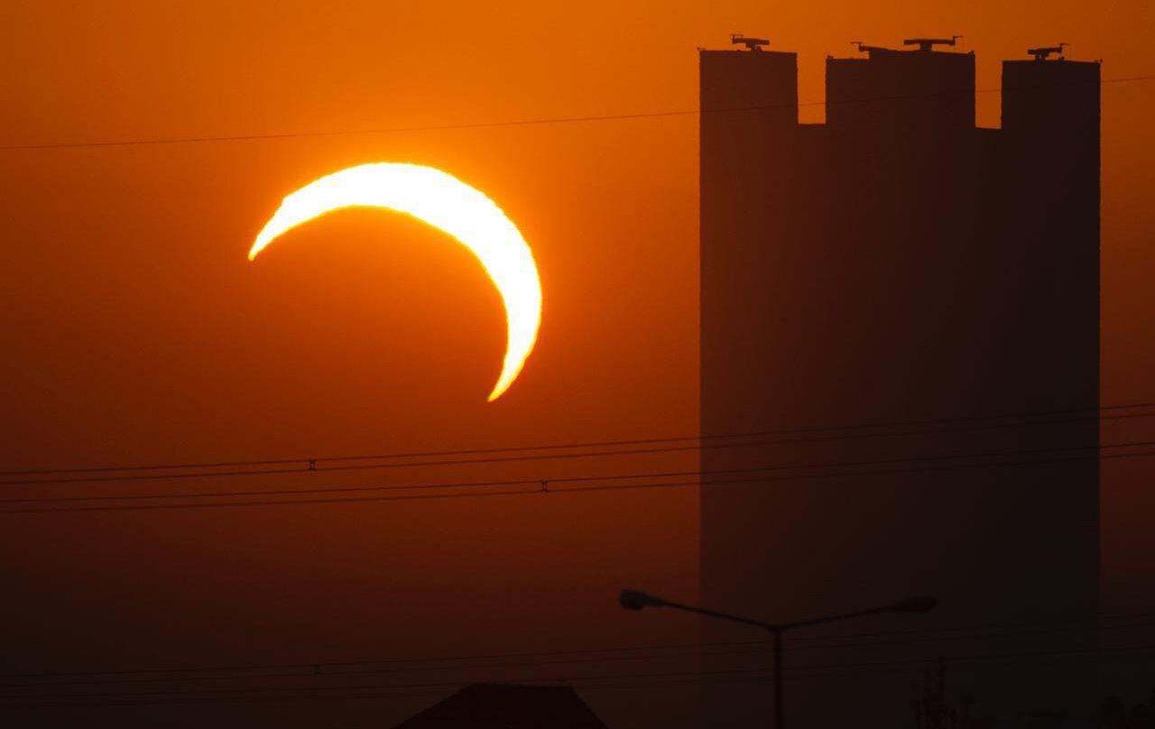 Imagen de un eclipse anular el 26 de diciembre de 2019 en Riad, Arabia Saudí