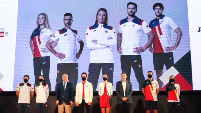 Varios atletas españoles, durante la presentación de la equipación para los Juegos Olímpicos de Tokio 2020
