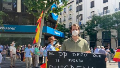 Incidente en Génova con manifestantes que boicoteaban el discurso de Pablo Casado