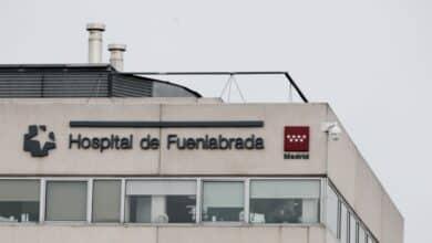 El hospital de Fuenlabrada cierra su UCI Covid ante la caída de ingresados