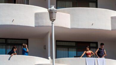 La madre de uno de los estudiantes aislados en Mallorca denuncia al Govern de Baleares por detención ilegal