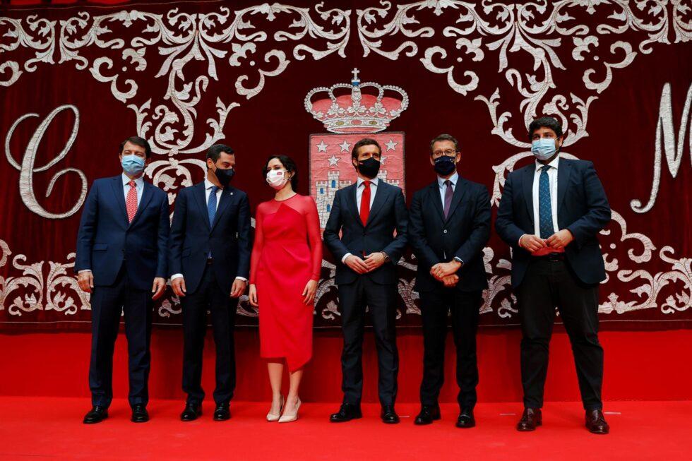 Ayuso, con Casado y todos los barones del PP: Mañueco, Moreno, Feijóo y López Miras.