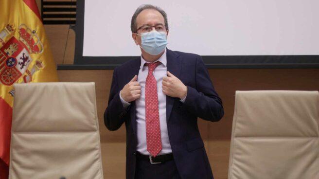 El presidente del Consejo de Transparencia y Buen Gobierno (CTBG), José Luis Rodríguez, este jueves en el Congreso.