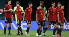 Críticas a los jugadores de España por la actitud con los aficionados en el hotel de concentración