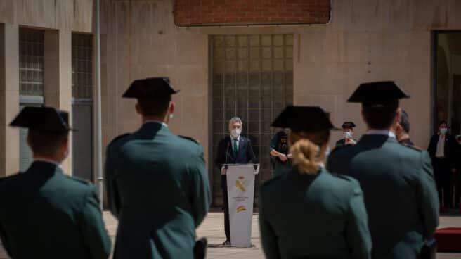 El ministro Grande-Marlaska, en la toma de posesión del nuevo Jefe de la Zona de la Guardia Civil de Cataluña.
