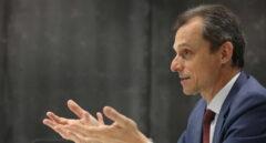 El ministro de Ciencia e Innovación, Pedro Duque, en una entrevista.