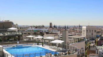 Las mejores piscinas en azoteas de Madrid