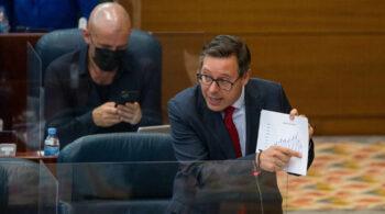 Alfonso Serrano repetirá como portavoz del PP en la Asamblea de Madrid