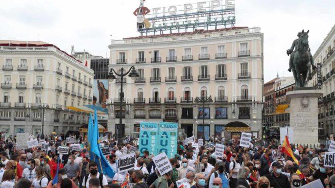 """Guardias civiles procedentes de todo el país se concentran este sábado en la Puerta el Sol de Madrid en protesta por el """"retroceso"""" de sus derechos sociales y laborales"""