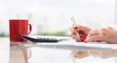 Santander refuerza la red de profesionales que atiende a los clientes en pequeños municipios que no cuentan con oficina bancaria.