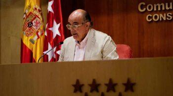 Madrid adelanta la segunda dosis de AstraZeneca para los mayores de 60 años