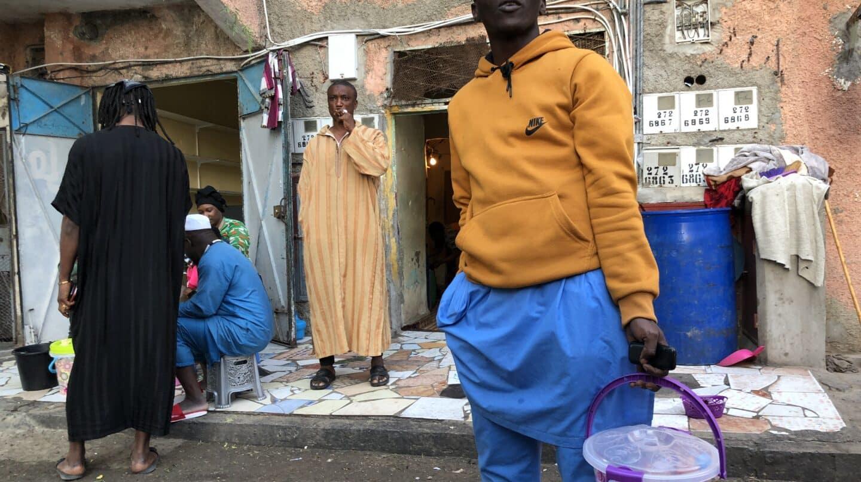 subsaharianos en la ciudad de El Aaiun, en el Sáhara Occidental ocupado por Marruecos