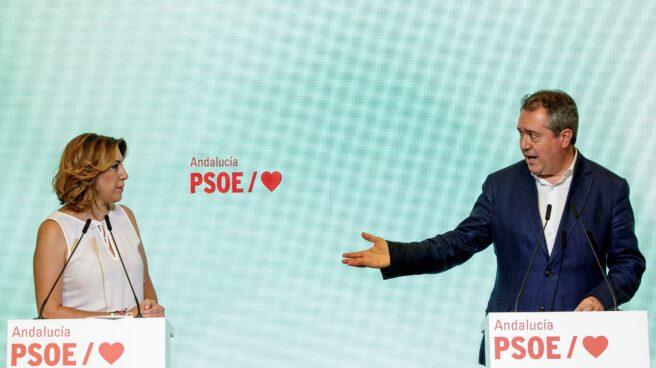 Díaz y Espadas durante la comparecencia de prensa de este lunes en Sevilla