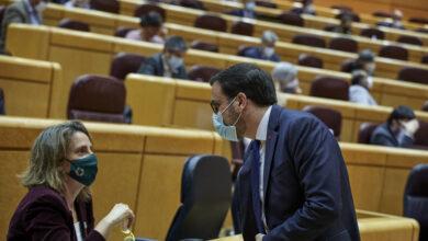 PSOE y Podemos abren una nueva guerra por abaratar el precio de la luz 6 euros al mes