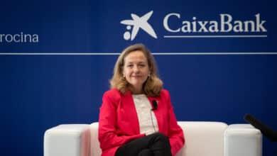 Calviño exhibe optimismo con el Plan de Recuperación pero avisa que hay que rebajar deuda