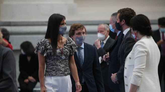 La vicealcaldesa de Madrid, Begoña Villacís, coincide en un acto con miembros de la dirección del PP