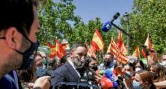 Vox redobla la presión contra el PP para encabezar una moción contra Sánchez que apoyaría Cs