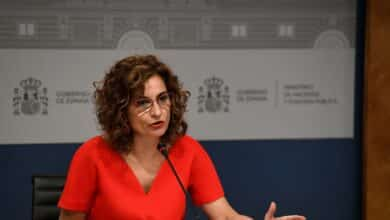 Montero replica a Escrivá y niega que haya una propuesta para poner un impuesto a Madrid