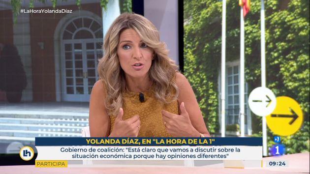 """Yolanda Díaz acusa a la CEOE de """"no negociar"""" la subida del SMI"""
