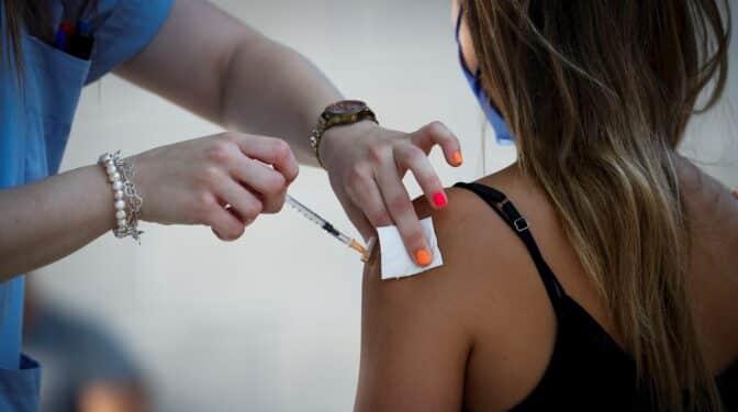 Madrid abre la autocita de la vacuna contra el Covid para mayores de 12 años