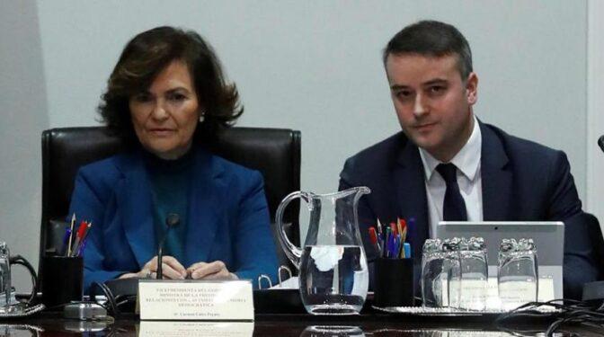 Calvo vinculó su salida del Gobierno a que Iván Redondo también cayera