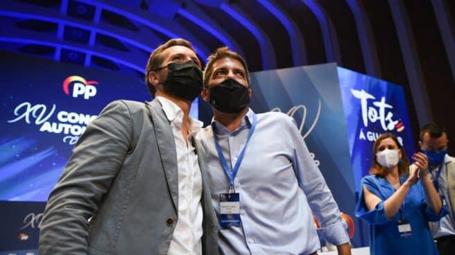 Pablo Casado y Carlos Mazón, en el Congreso del PP valenciano.