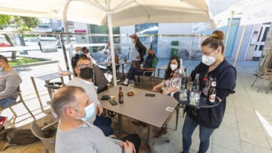 Cantabria abre el interior de la hostelería a personas con pasaporte Covid completo