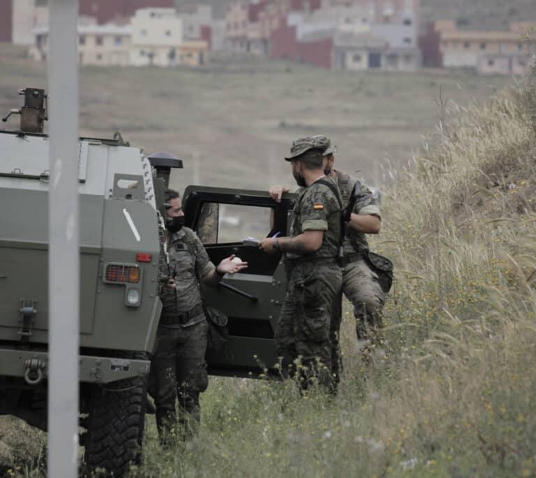 """Seis meses de prisión para dos militares que plantearon una violación """"en plan manada"""""""