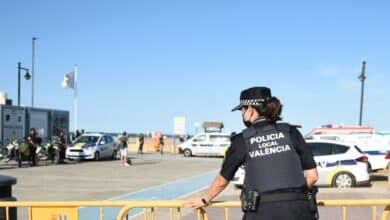 Dos detenidos por una agresión sexual de madrugada en la playa de Valencia