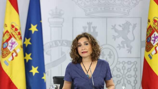 La ministra portavoz y de Hacienda, María Jesús Montero, comparece en rueda de prensa posterior al Consejo de Ministros extraordinario en Moncloa