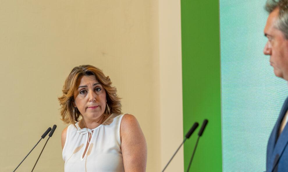 El candidato del PSOE-A a la presidencia de la Junta, Juan Espadas, y la secretaria general, Susana Díaz, ofrecen una rueda de prensa el 28 de junio en Sevilla