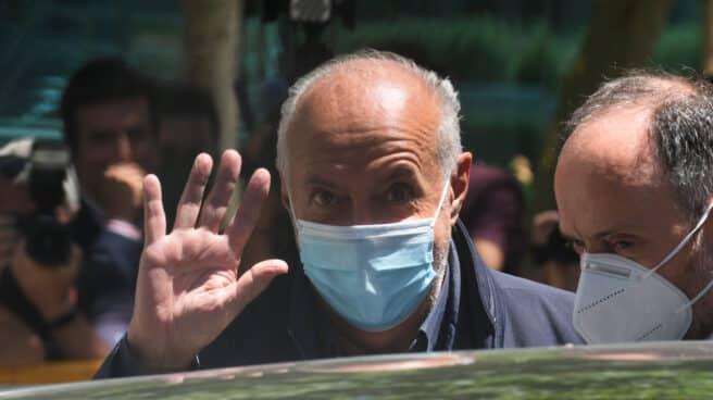 José Luis Moreno sale de la Audiencia.
