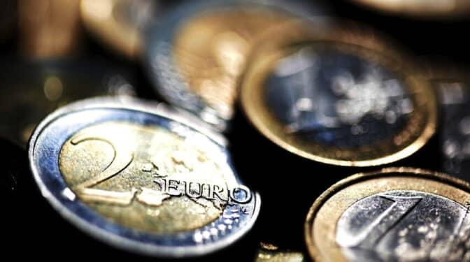Irlanda se suma al acuerdo de la OCDE para establecer un mínimo del 15% en sociedades
