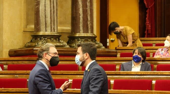 El Parlament aprueba los avales ante el Tribunal de Cuentas con la abstención de PSC y Podemos