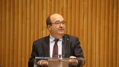 Iceta será el nuevo ministro de Cultura y Sánchez se carga a Laya, Duque y Celaá