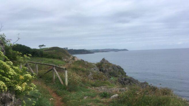 La costa cantábrica a la altura de Candás, en Asturias