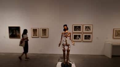 El Museo Reina Sofía salda su deuda con el arte del exilio y la autarquía