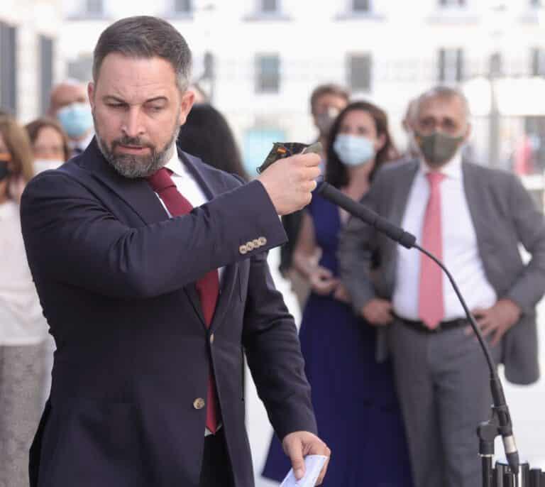 Abascal señala al PP tras ser declarado persona non grata en Ceuta