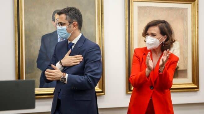 Félix Bolaños y Carmen Calvo, la pasada semana en el traspaso de cartera.