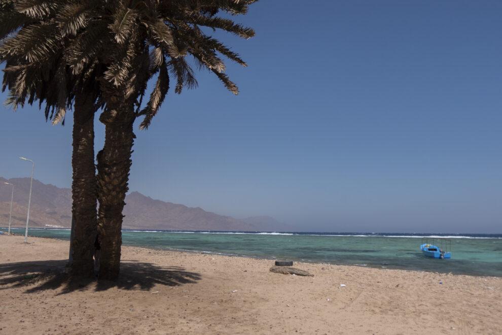 Una playa de Dahab (Egipto)
