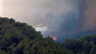 Dos municipios confinados por el incendio en Santa Coloma de Queralt (Tarragona)