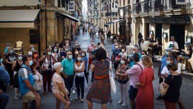España roza ya una incidencia de 600 casos y los ingresos por Covid aumentan un 65% en una semana