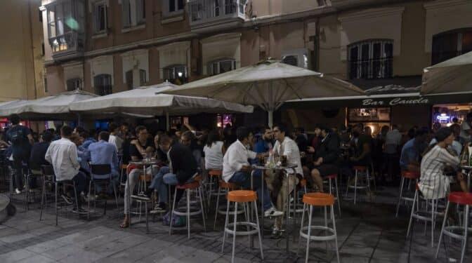 La Justicia autoriza el toque de queda y la limitación de reuniones en 70 municipios de Cantabria