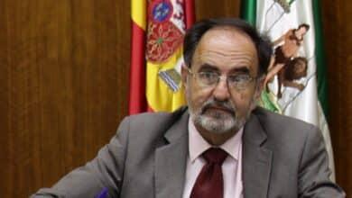 Fallece el ex letrado del Parlamento andaluz Plácido Fernández-Viagas