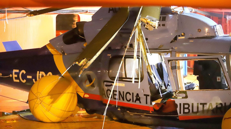 Helicóptero de Aduanas, recuperado tras estrellarse en el Estrecho persiguiendo a los narcos.