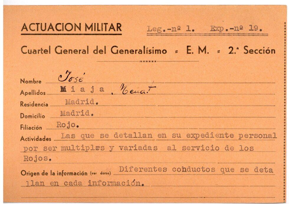 El general José Miaja fue el encargado de la defensa de Madrid, de donde huyó hacia el exilio con el final de la contienda.