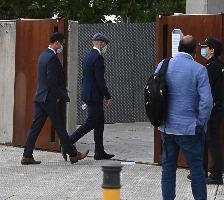 La Audiencia absuelve de encubrimiento a los dos mossos que acompañaron a Puigdemont por Europa