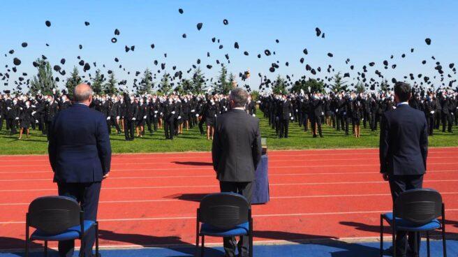 Jura de la XXXV promoción de la escala básica de la Policía Nacional este lunes en la Escuela de Ávila.
