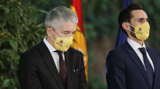 El ministro Grande-Marlaska y el secretario de Estado de Seguridad, Rafael Pérez Ruiz, en un acto oficial.